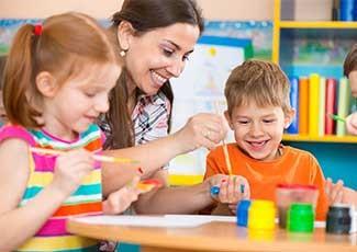 Profissional de Apoio e Cuidador Escolar